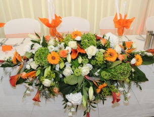 Wedding Top Table Arrangement - Flowers by Samantha Jane - Lyne Surrey